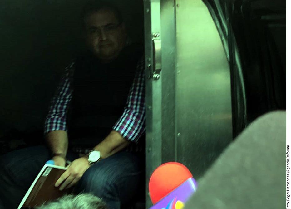 Javier Nava Soria, contador de Javier Duarte (foto) que supuestamente operó red de empresas fachada con la que se lavaron millones de pesos, fue detenido en Barcelona. (AGENCIA REFORMA/ÉDGAR HERNÁNDEZ)