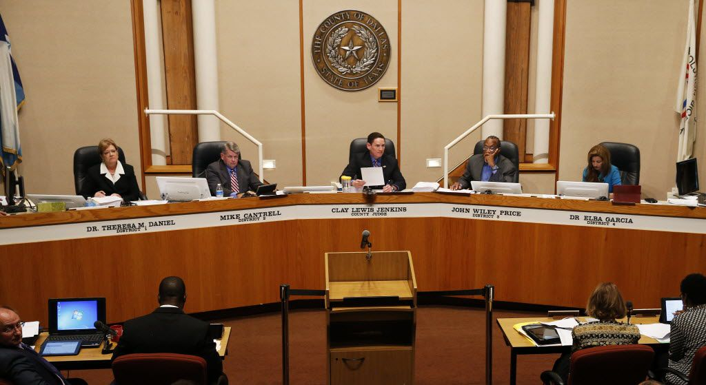 The Dallas County commissioners court narrowly passed the deal.