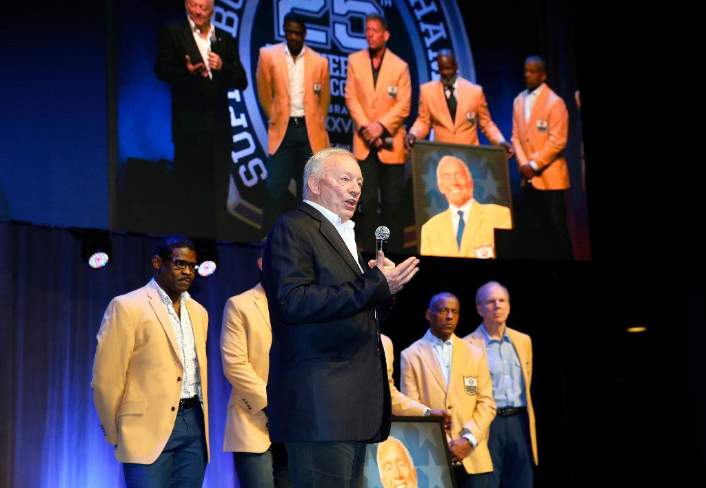 Dallas Cowboys owner Jerry Jones, on stage with six Hall of Famers. (Tom Fox/The Dallas Morning News)