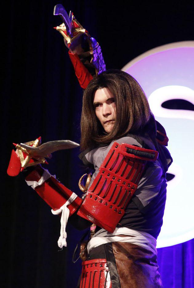 Tyler Puryear of Diamond, Okla., dressed as Samanosuke Akechi from the Onimusha video game.