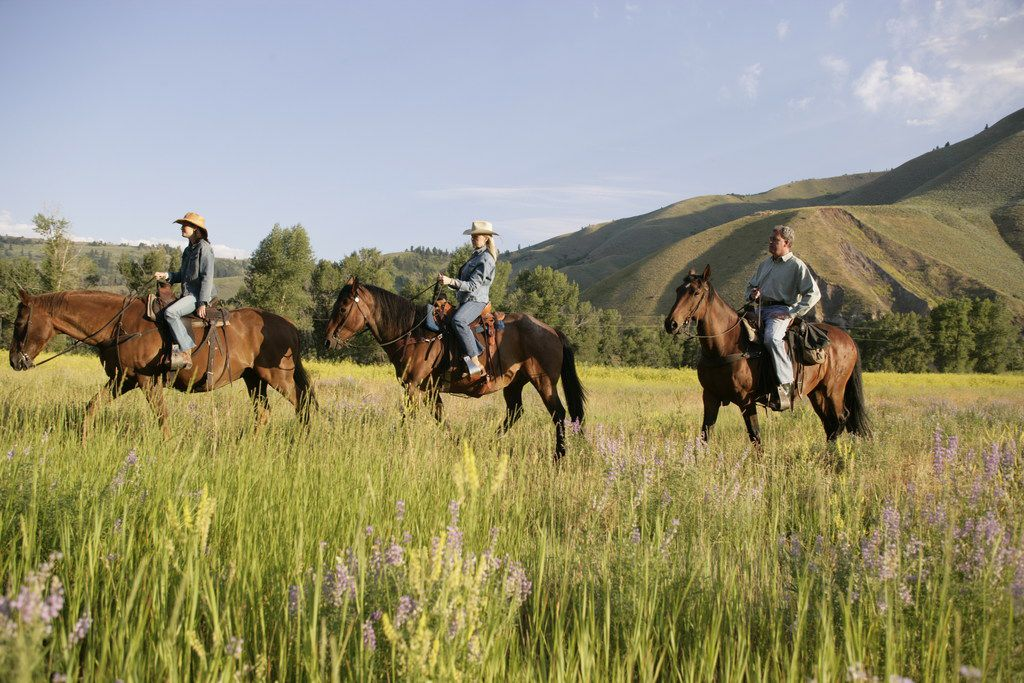 The Snake River Sporting Club in Jackson Hole, Wyoming offers girls getaway options.