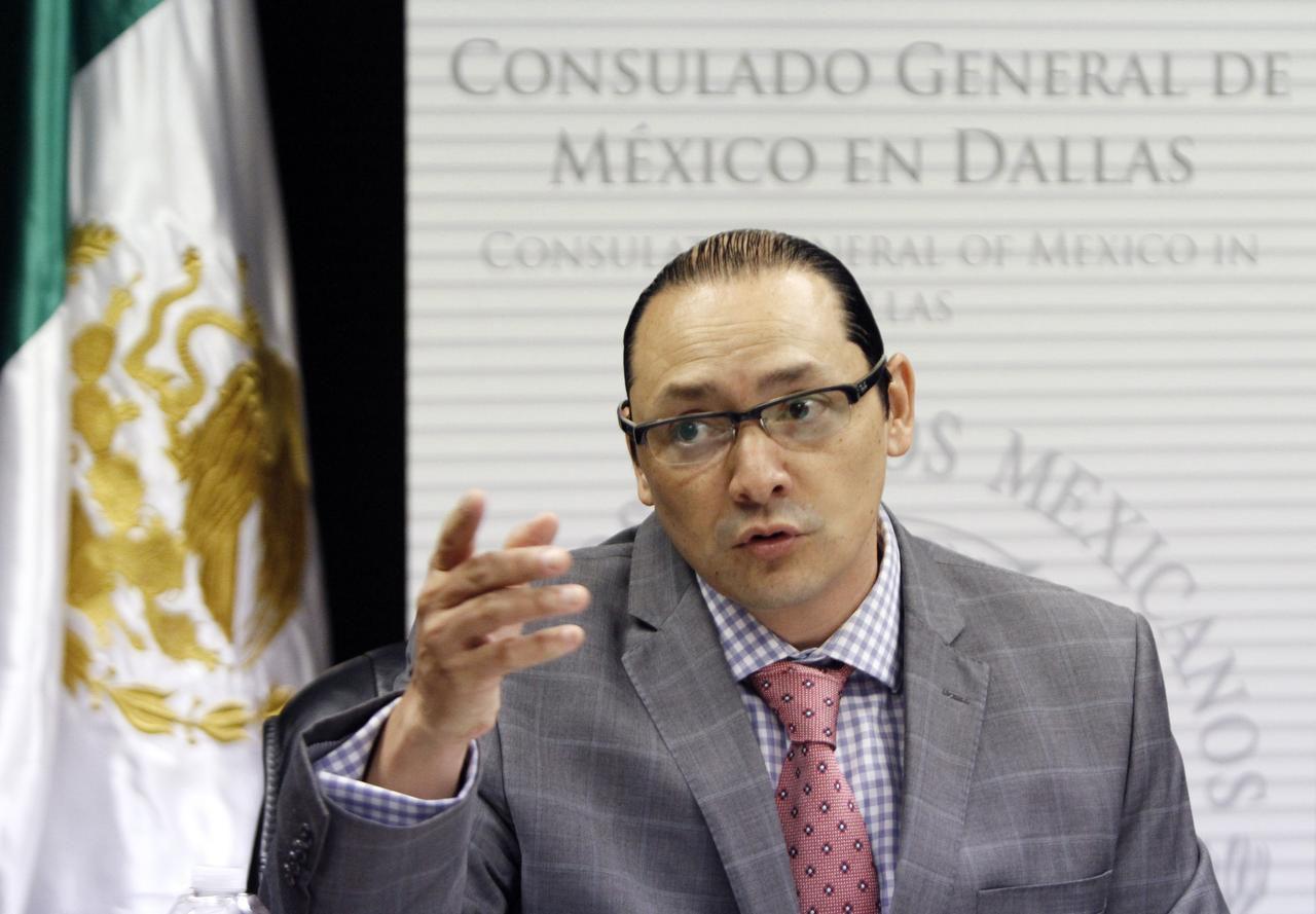 Francisco de la Torre Galindo, nuevo cónsul mexicano en Dallas, dio su primera rueda de prensa el jueves. (ESPECIAL PARA AL DÍA/BEN TORRES)