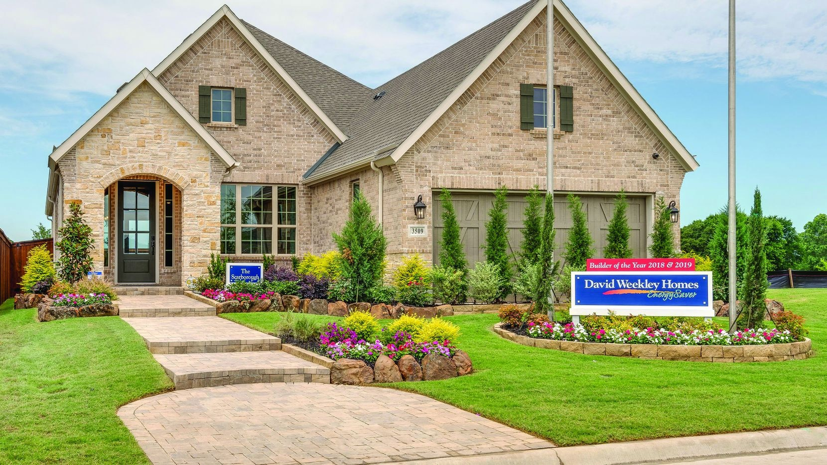 David Weekley homes in Prairie Oaks are priced from the high $200s.