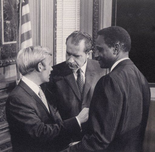 Sam Wyly and Joe Kirven met with President Richard Nixon in 1969 as part of a presidential commission to encourage black enterprise. Wyly served as the committee chairman and  Kirven was a committee member.