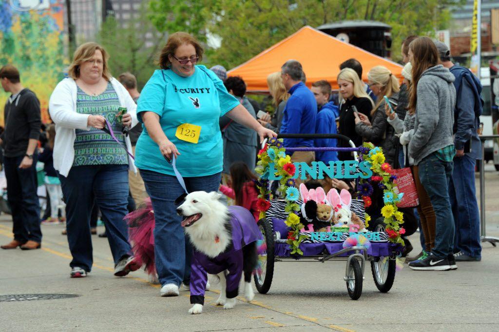 Hugh Hefner and his bunnies were on parade in Deep Ellum.