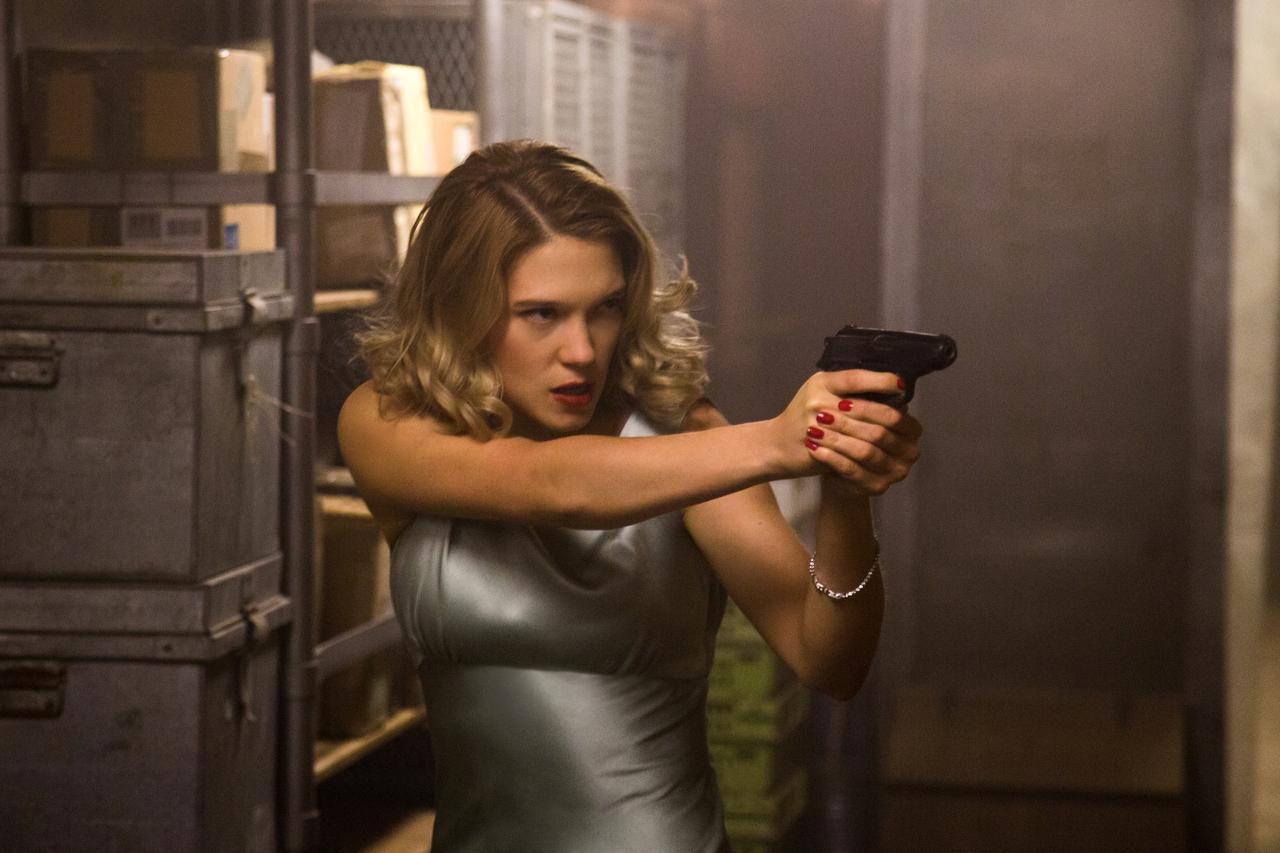 Léa Seydoux es una de las escenas de acción de la nueva película de James Bond 'Spectre'. (AP/JONATHAN OLLEY)