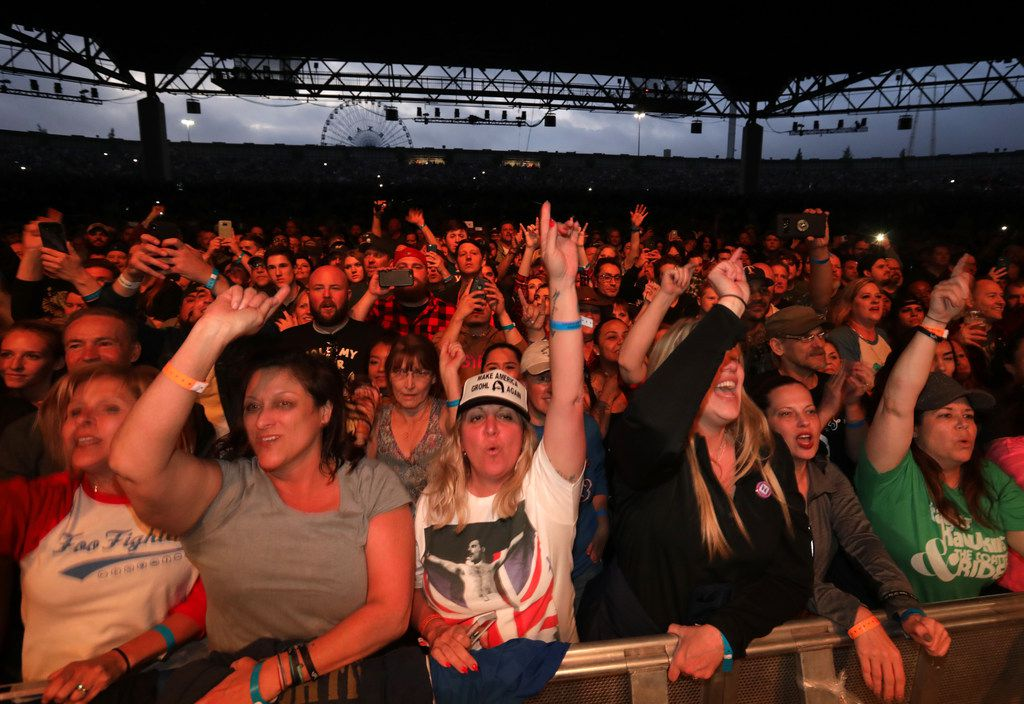 Fans cheer as Foo Fighters perform at Starplex in Dallas, TX, on Apr. 21, 2018. (Jason Janik/Special Contributor)