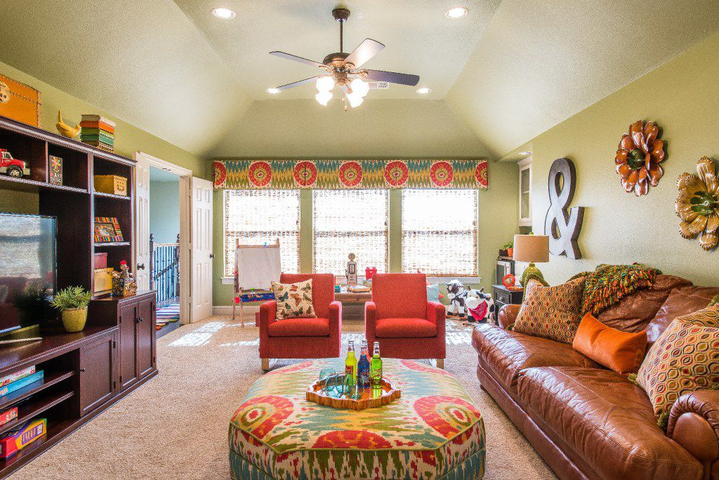 Greenery, a yellow-green shade, has been named by the Pantone Color Institute as its Color of the Year 2017.  The lively hue brings the energy of the outdoors to a home's interior.