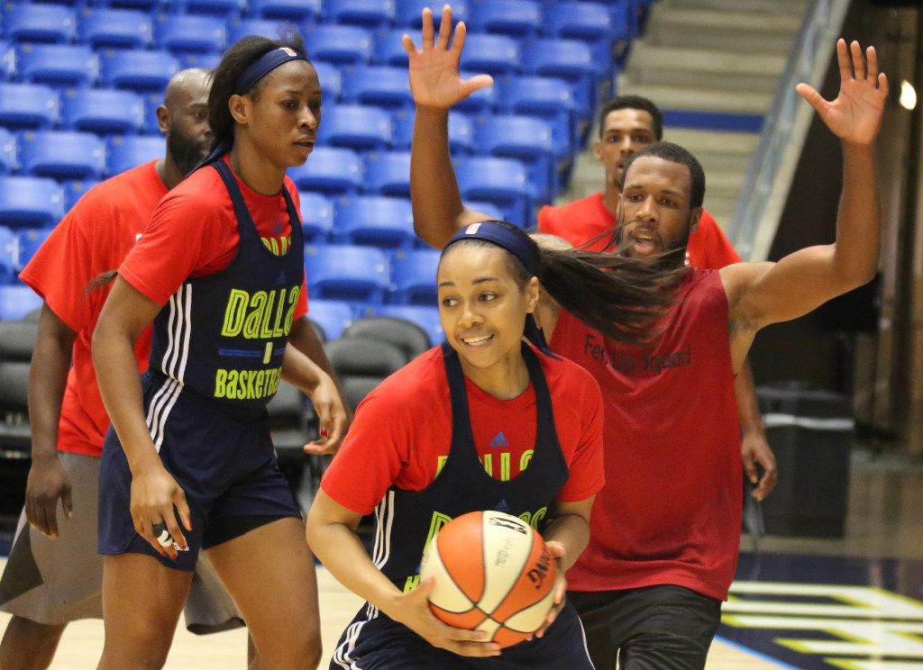 Dallas Wings guard Allisha Gray, center, is pictured during Dallas Wings training camp at UTA's College Park Center in Arlington, Texas on Wednesday, April 26, 2017. (Louis DeLuca/The Dallas Morning News)