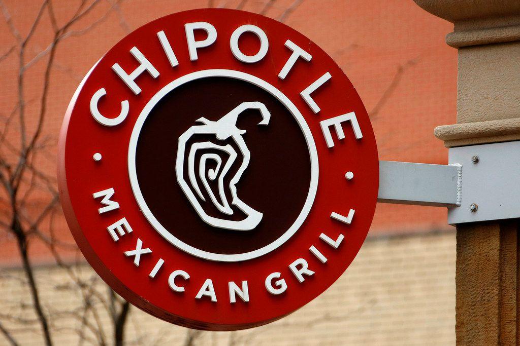 Chipotle utiliza aguacate y otros productos cultivados en México. La cadena opera 2,500 restaurantes en Estados Unidos, Canadá y Europa./ AP