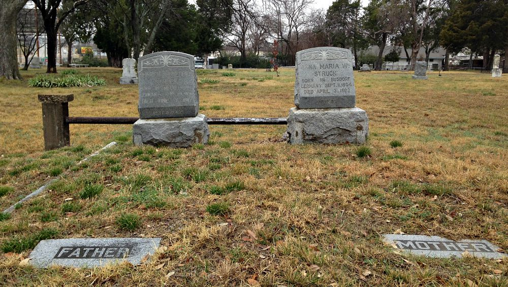 Heinrich and Anna Struck are buried in the Western Heights Cemetery off Fort Worth Avenue, along with their kith and kin — and Clyde and Buck Barrow.