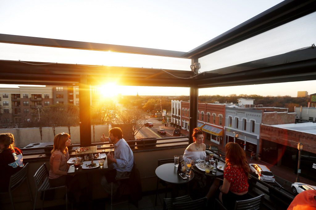 The rooftop bar at Urban Crust in downtown Plano shows a gorgeous view from up high.