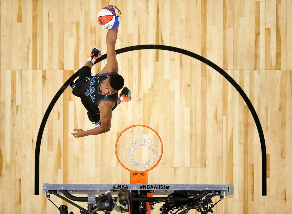 LOS ANGELES, CA - FEBRUARY 17: Dennis Smith Jr. #1 of the Dallas Mavericks competes in the 2018 Verizon Slam Dunk Contest at Staples Center on February 17, 2018 in Los Angeles, California.  (Photo by Bob Donnan - Pool via Getty Images)