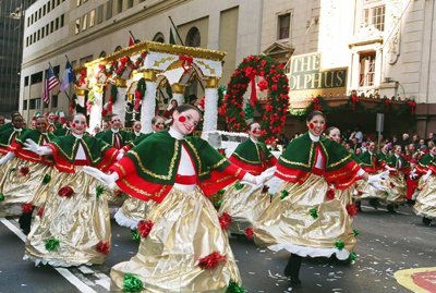 Christmas tree dancers perform during the 2005 Neiman Marcus Adolphus Children's Parade