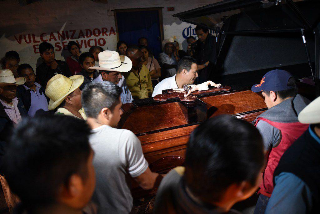 Relatives and friends of the slain mayor of Mixtla de Altamirano, Maricela Vallejo, take part in her funeral on April 25, 2019, in Zongolica, state of Veracruz, Mexico.