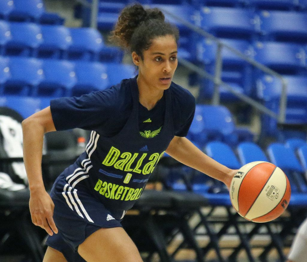 Dallas Wings guard Skylar Diggins-Smith is pictured during Dallas Wings training camp at UTA's College Park Center in Arlington, Texas on Wednesday, April 26, 2017. (Louis DeLuca/The Dallas Morning News)