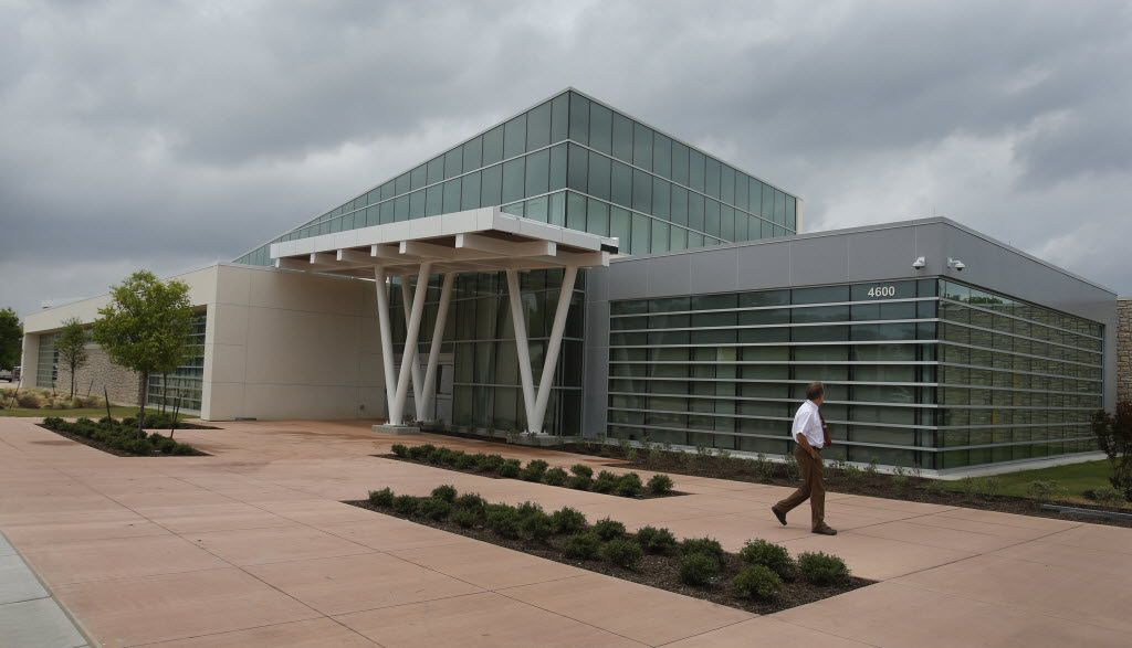 The Hatcher Station Health Center, a Parkland community clinic, was built on land Frazier Revitalization provided to help improve access to health care in South Dallas. (2015 File Photo/Louis DeLuca)