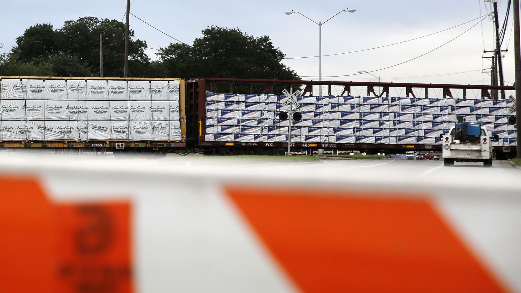 A train derailed near the intersection of South Haskell and Beeman avenues in Dallas on Monday.
