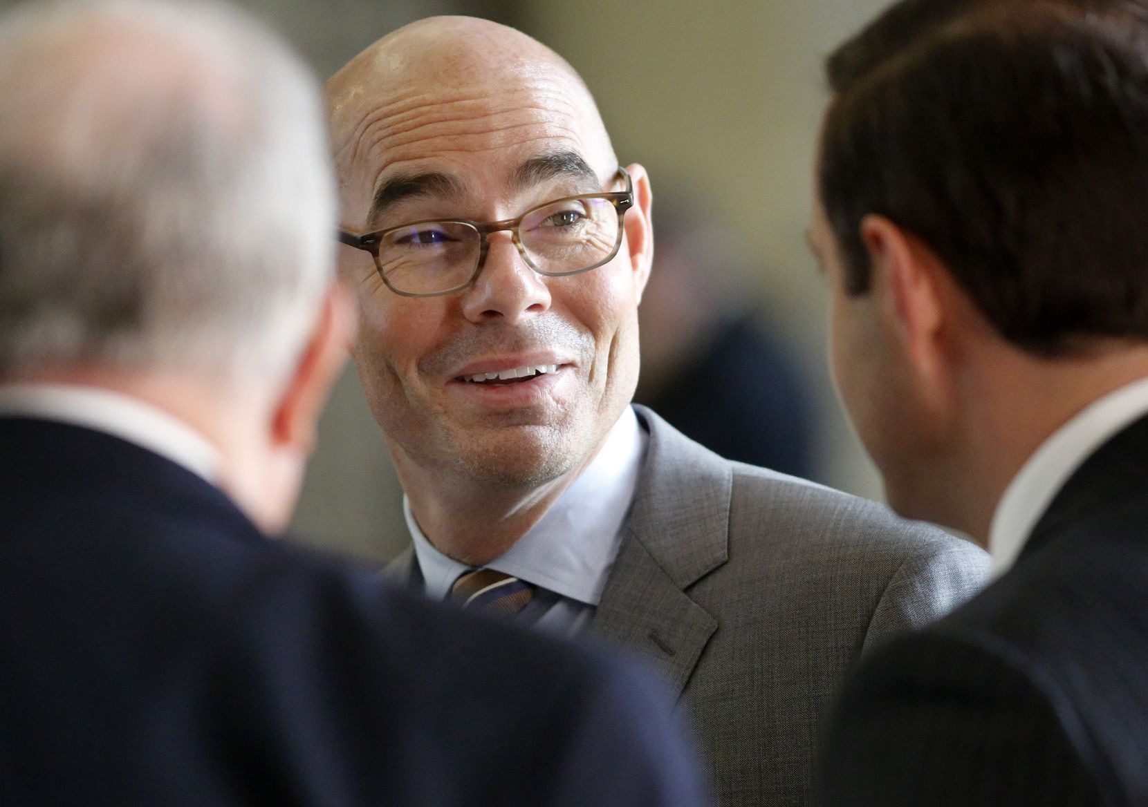 Texas Speaker of the House Honorable Dennis Bonnen (center) visits with colleagues during the 86th Legislative Session at the Texas Capitol in Austin, Texas, Wednesday, May 22, 2019. (Tom Fox/The Dallas Morning News)