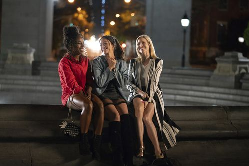 "DeWanda Wise, Gina Rodriguez y Brittany Snow en ""Someone Great"" (Sarah Shatz/Netflix via AP)"