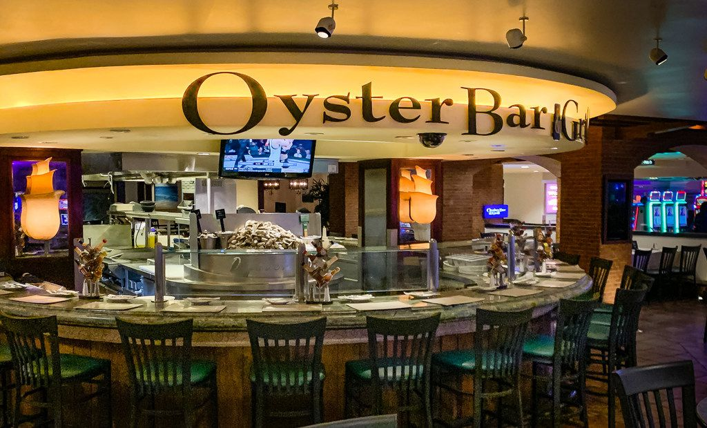 The Oyster Bar at Harrah's Las Vegas may not enjoy the fame of others in town, but it's the city's best.