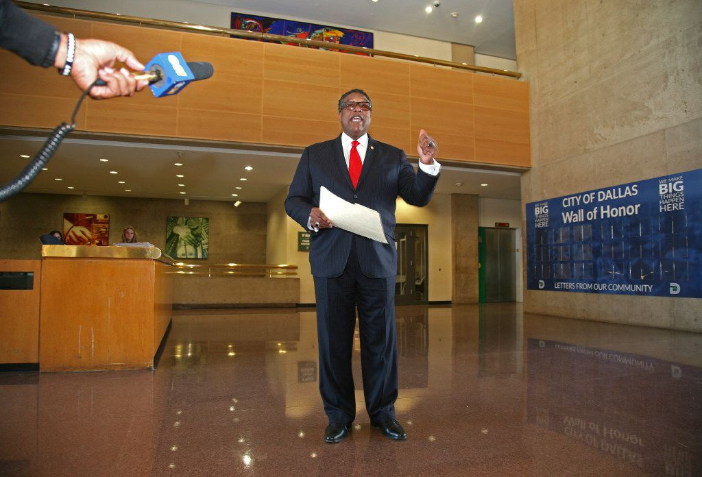 Dwaine Caraway, the former acting mayor and longtime city council member announces that he is running for his old council seat in the lobby of City Hall in Dallas Wednesday, Feb. 1, 2017. (Guy Reynolds/The Dallas Morning News)
