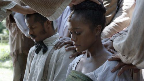 "Nate Parker y Aja Naomi King en ""The Birth of a Nation""."