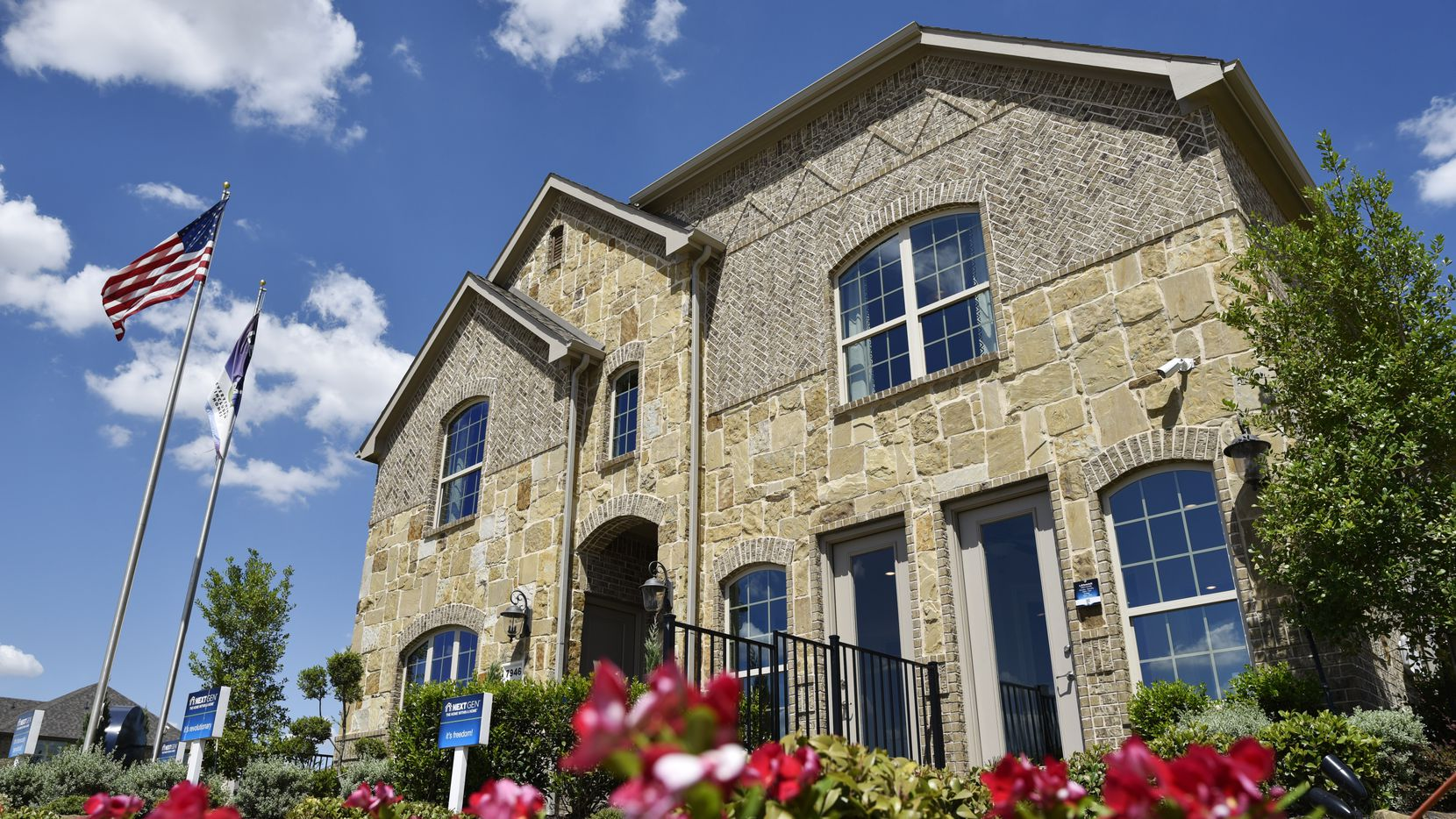 Lennar's   NextGen homes for sale in Far North Dallas have a separate living suite inside a traditional single-family house.