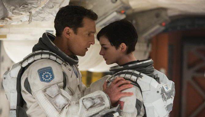 """Matthew McConaughey y Anne Hathaway protagonizan la saga futurista """"Interstellar"""", dirigida por Christopher Nolan (AP/MELINDA SUE GORDON)"""