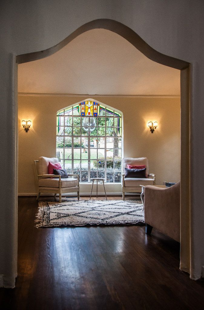 Homes featured in the Hollywood Home Tour retain historic details and are protected by one of the few Conservation Districts in Dallas.
