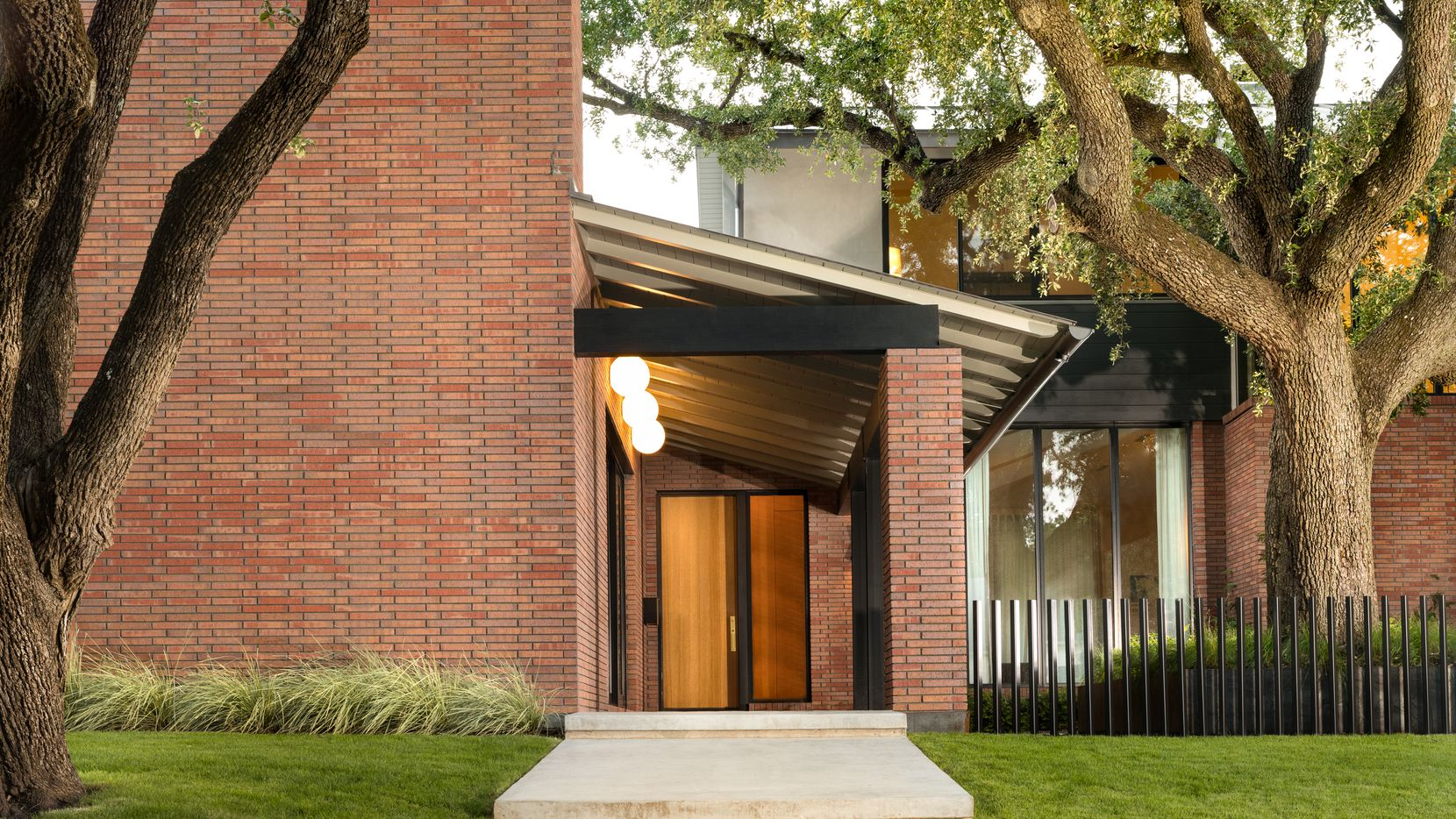 Tha Maestri project at 7147 Alexander is on the 2019 AIA Dallas Tour of Homes.