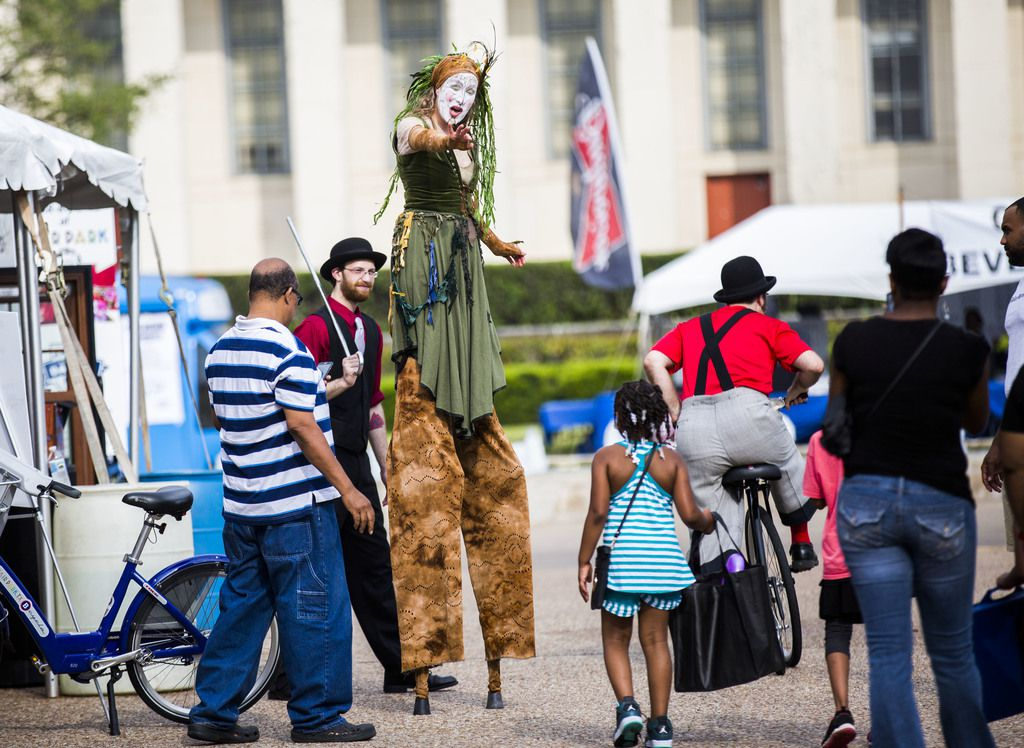 Asistentes al Festival Spark! en Fair Park en el  2015./ (Ashley Landis/The Dallas Morning News)
