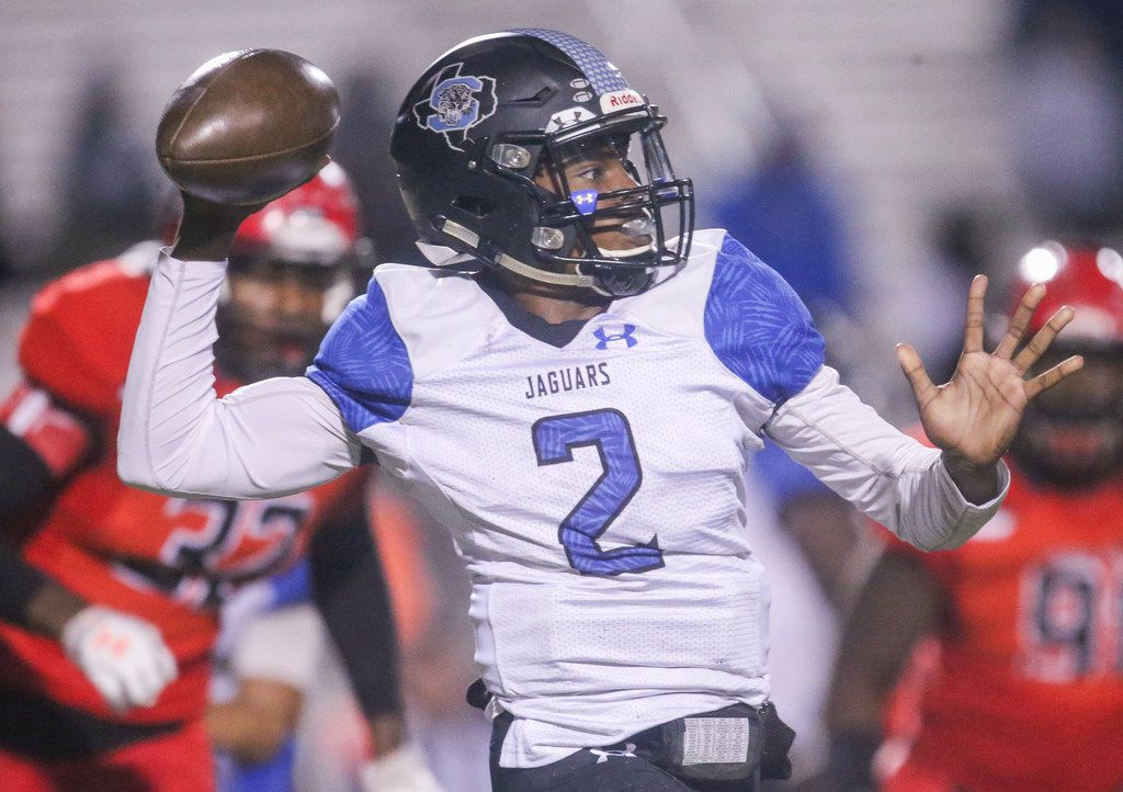 Mansfield Summit quarterback Kainen McKinney (2) looks to make a pass during the first half of a high school football game between Cedar HIll and Mansfield Summit on Friday, October 11, 2019 at Longhorn Stadium in Cedar Hill, Texas. (Shaban Athuman/Staff Photographer)