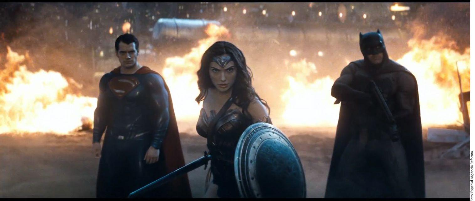 La segunda película con más postulaciones al Razzie fue Batman vs Superman: El Origen de la Justicia, que aspira a premios como Peor Película, Peor Actor (Henry Cavill y Ben Affleck) y peor Guión./ AGENCIA REFORMA