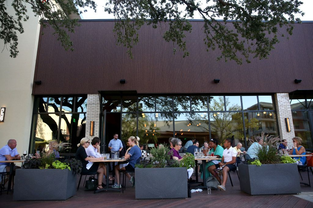 Patio area at Piattello Italian Kitchen in Fort Worth, Texas on Wednesday, May 17, 2017. (Rose Baca/The Dallas Morning News)