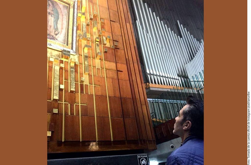 Luego de los problemas de salud que pusieron en riesgo su vida, Adrián Uribe fue a la Basílica de Guadalupe a dar gracias. AGENCIA REFORMA
