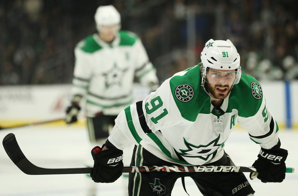 LOS ANGELES, CALIFORNIA - FEBRUARY 28: Tyler Seguin #91 of the Dallas Stars prepares to play the Los Angeles Kings during the third period at Staples Center on February 28, 2019 in Los Angeles, California. (Photo by Yong Teck Lim/Getty Images)