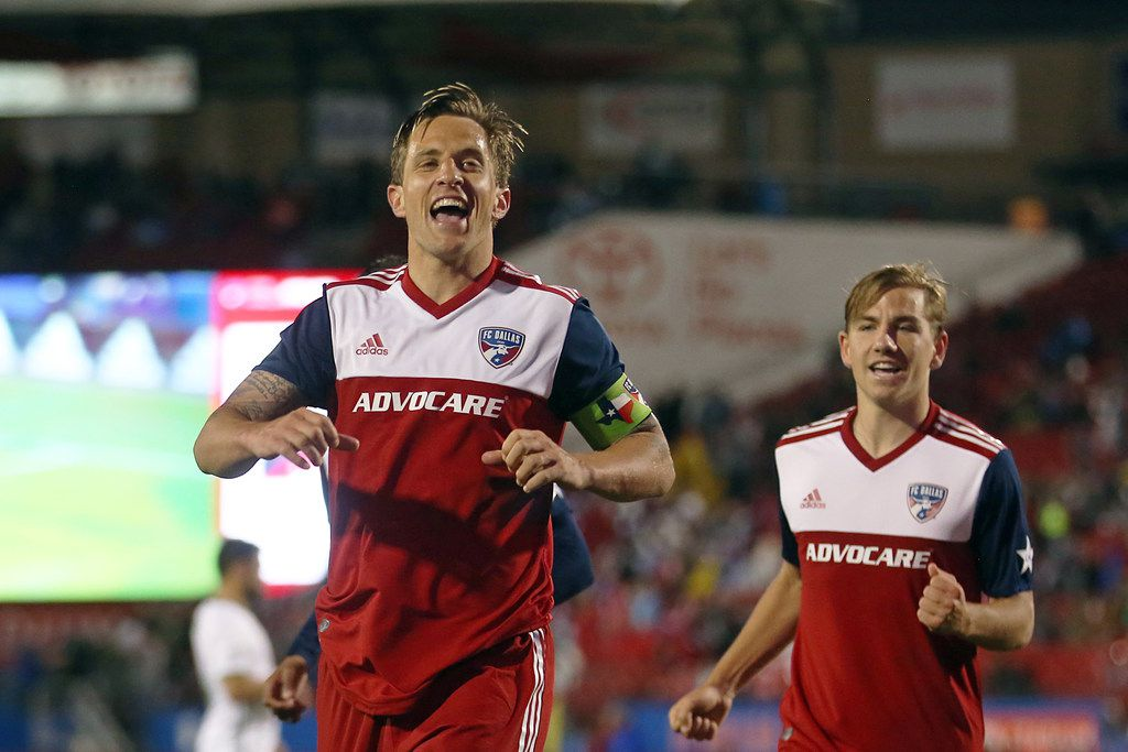 Frisco, Texas: Reto Ziegler #3 of FC Dallas celebrtate after scores during game between FC Dallas and Portland Timbers on April 13, 2019 at Toyota Stadium. (Photo by Omar Vega / Al Dia Dallas)