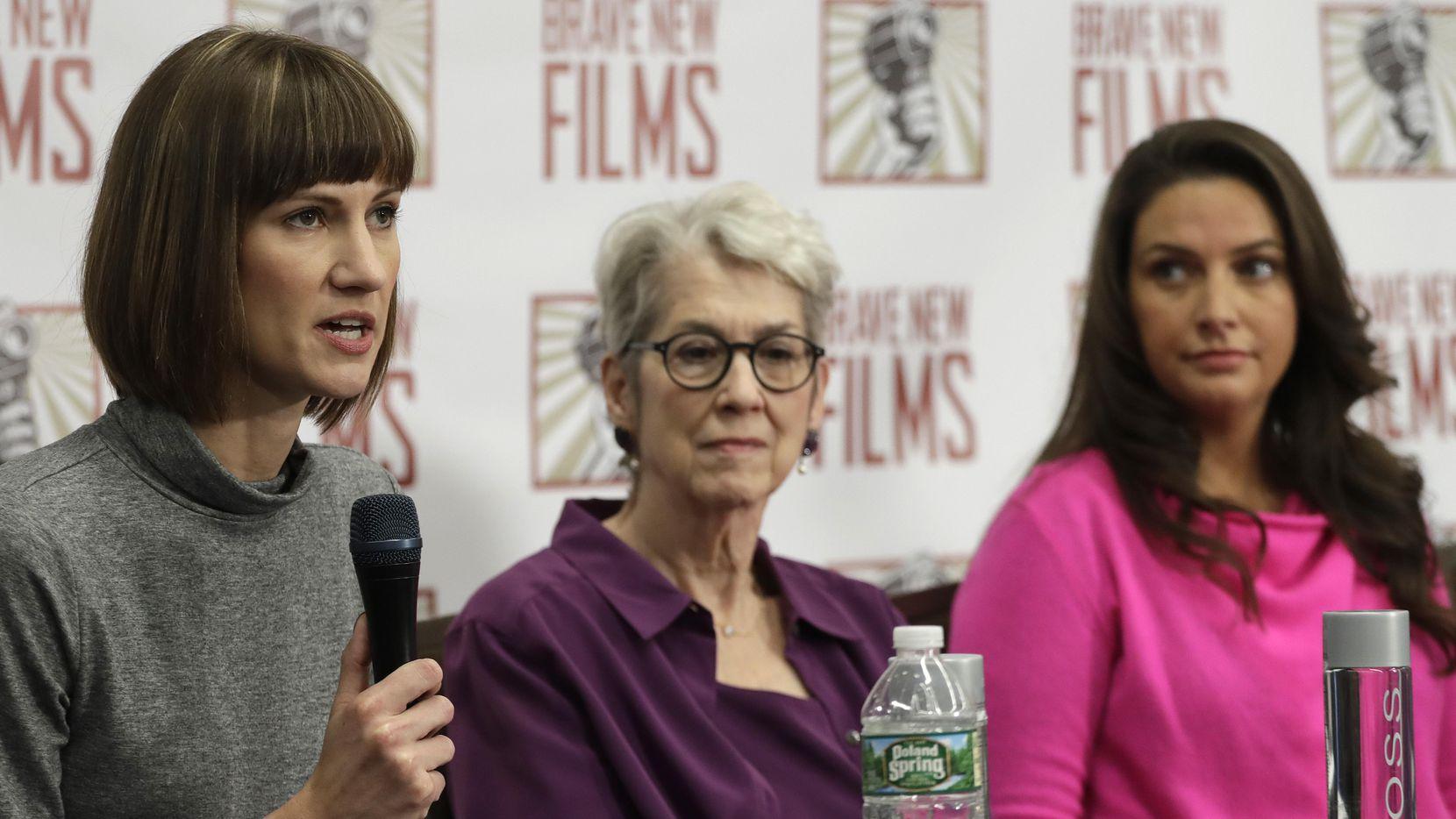 Rachel Crooks, Jessica Leeds y Samantha Holvey, mujeres que acusan a Donald Trump de acoso sexual.(AP)
