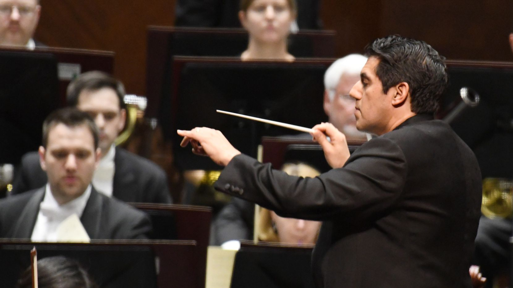 """Miguel Harth-Bedoya conducts the world premiere of Victor Agudelo's """"La Madre de Agua"""" with the Fort Worth Symphony Orchestra at the Bass Performance Hall on February 24, 2017 In Fort Worth, Texas. (Robert W. Hart/Special Contributor)"""