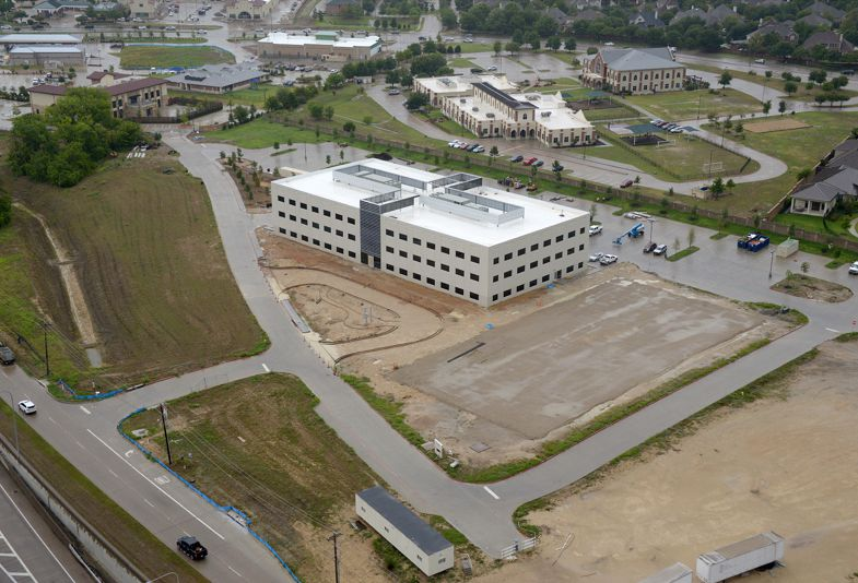 Stonebrook Business Park is planned for four office buildings plus a hotel and retail space on the Dallas North Tollway in Frisco.