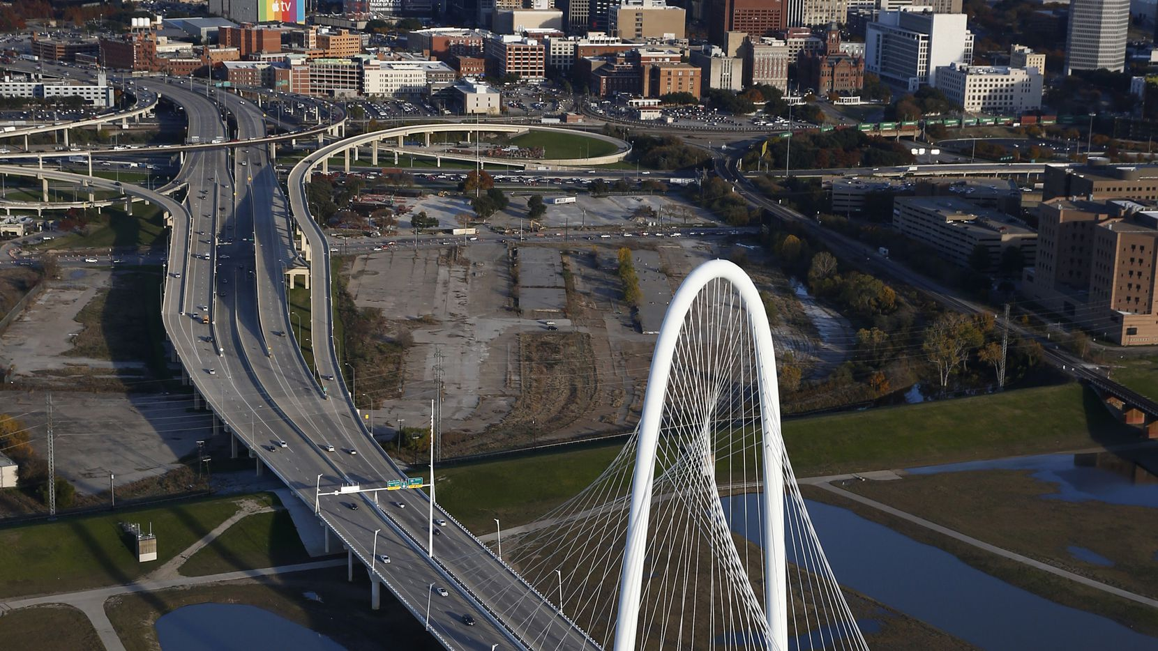 The 42-acre development would be between the Trinity River and downtown.