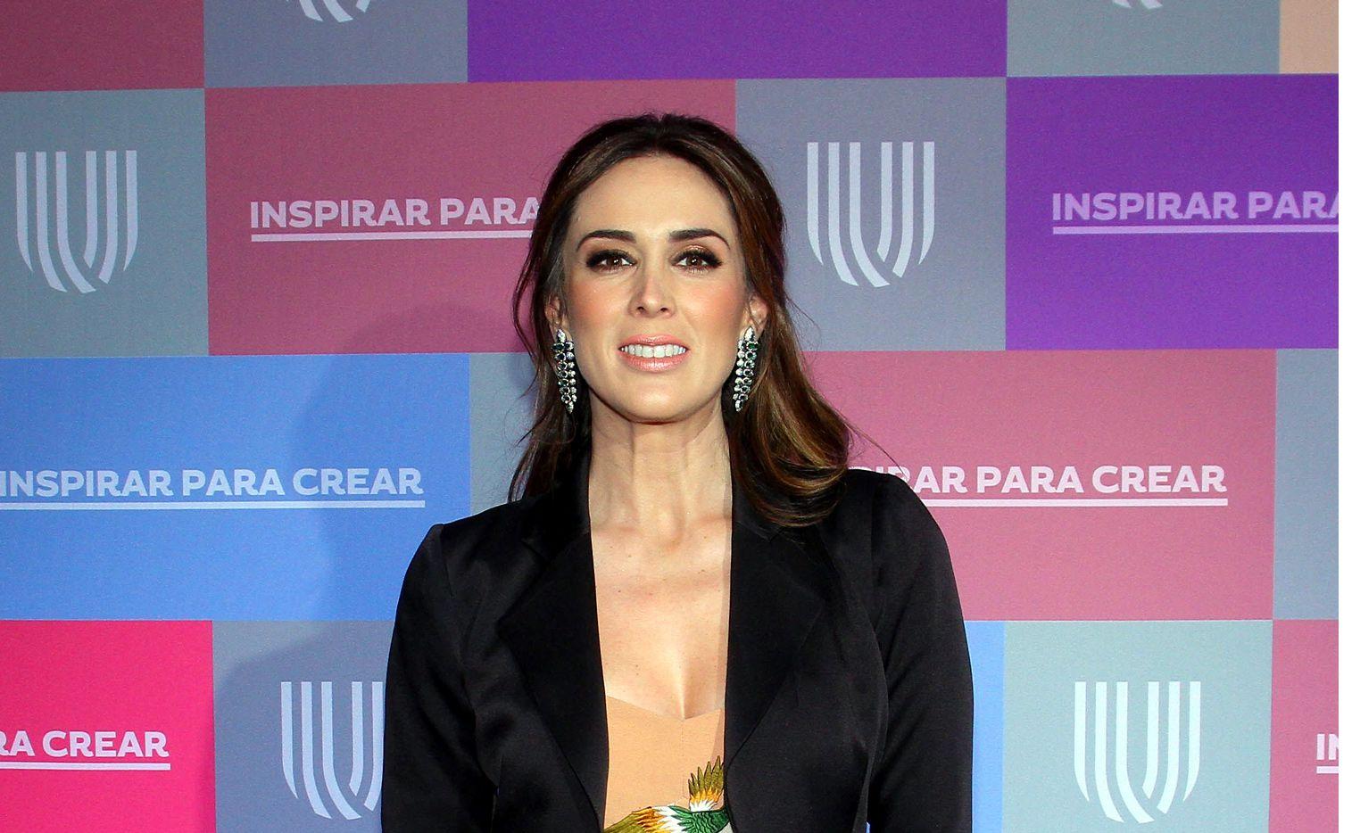 Jacky Bracamontes se convirtió en madre de dos mellizas./ AGENCIA REFORMA