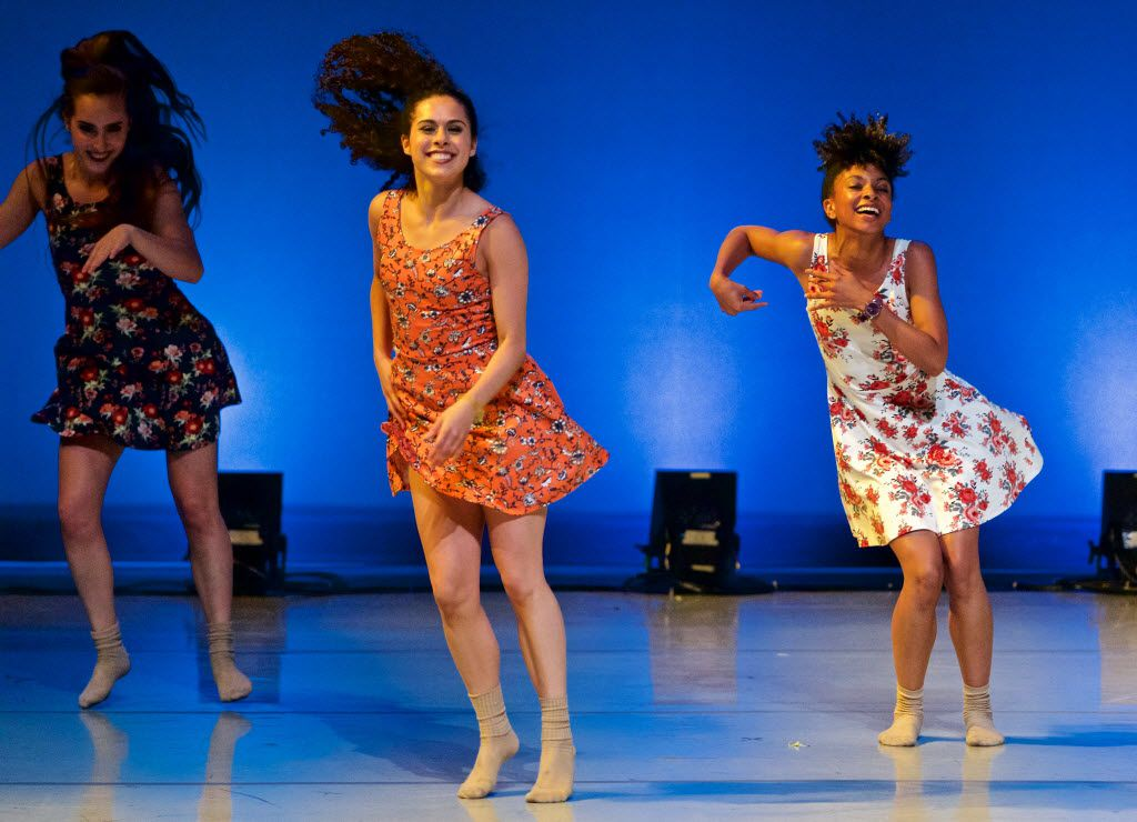 Chaslyn Donovan (left), Leah Williams (center) and Lindzay Duplessis perform at the Majestic Theatre during the first Wanderlust show in 2016.