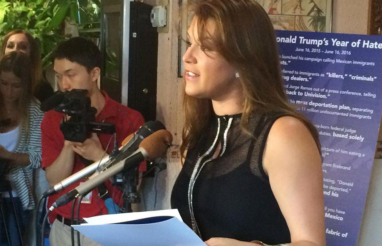 La exMiss Universo Alicia Machado se refirió a su mención en el debate presidencial del lunes. (AP/LUIS ALONSO LUGO)