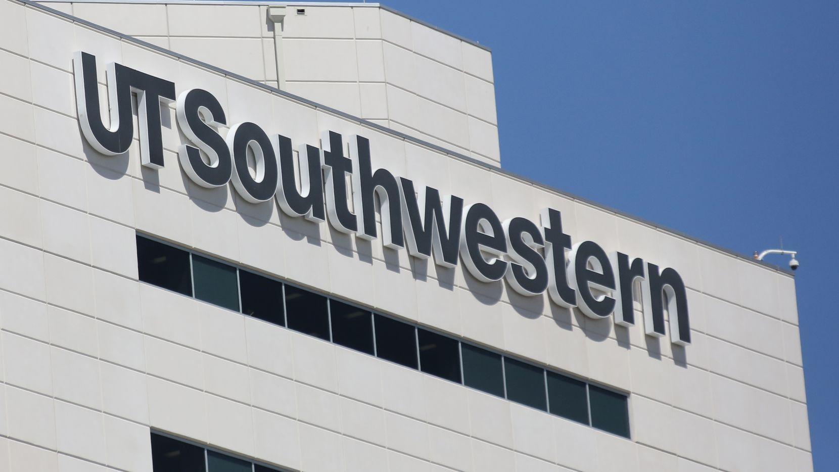 Un ambulancia fue robada la noche del martes de UT Southwestern Medical Center. El sospechoso fue detenido en la madrugada. DMN