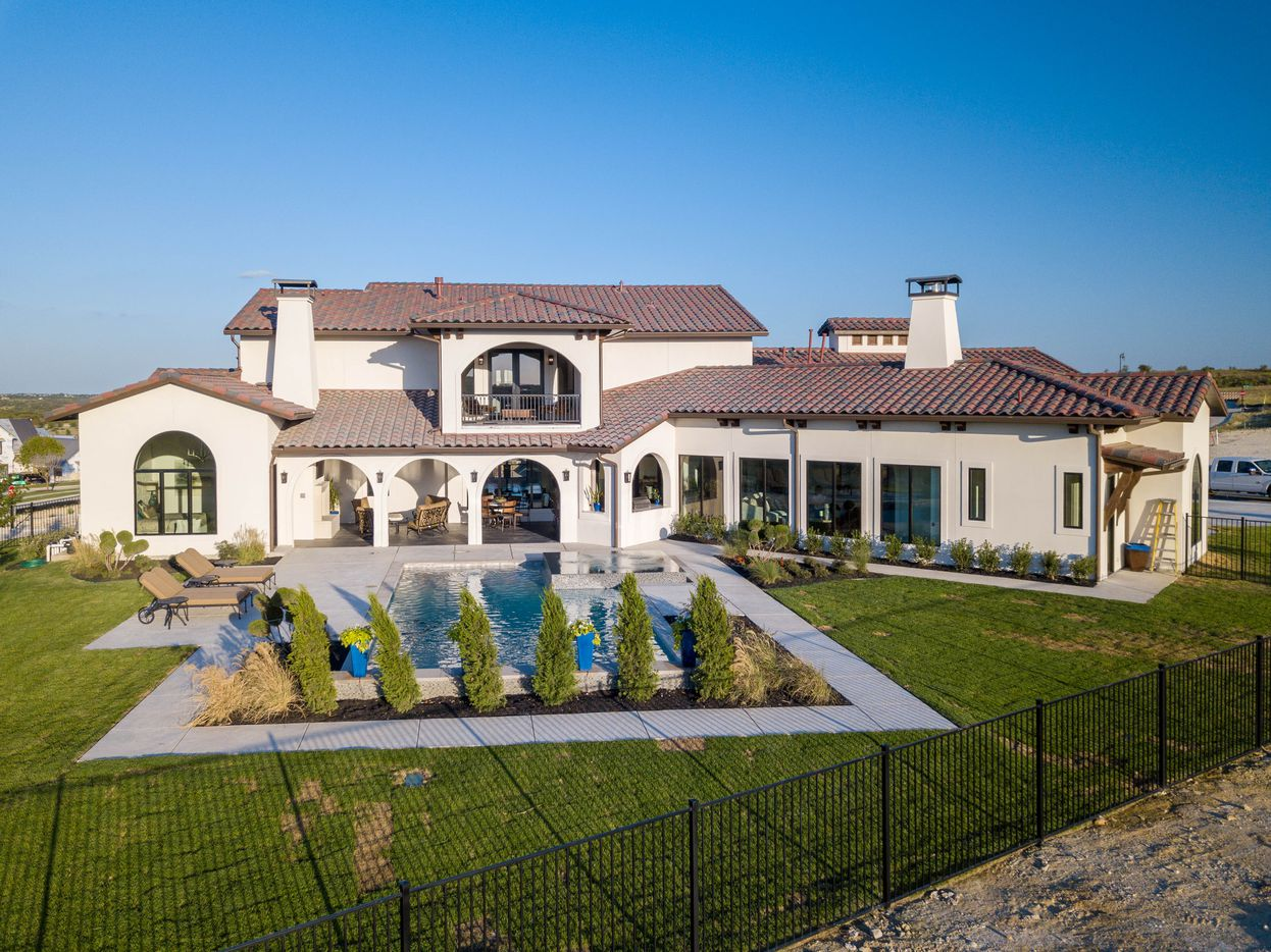 A look at the property at 13708 Nouvelle Circle in Aledo, Texas.