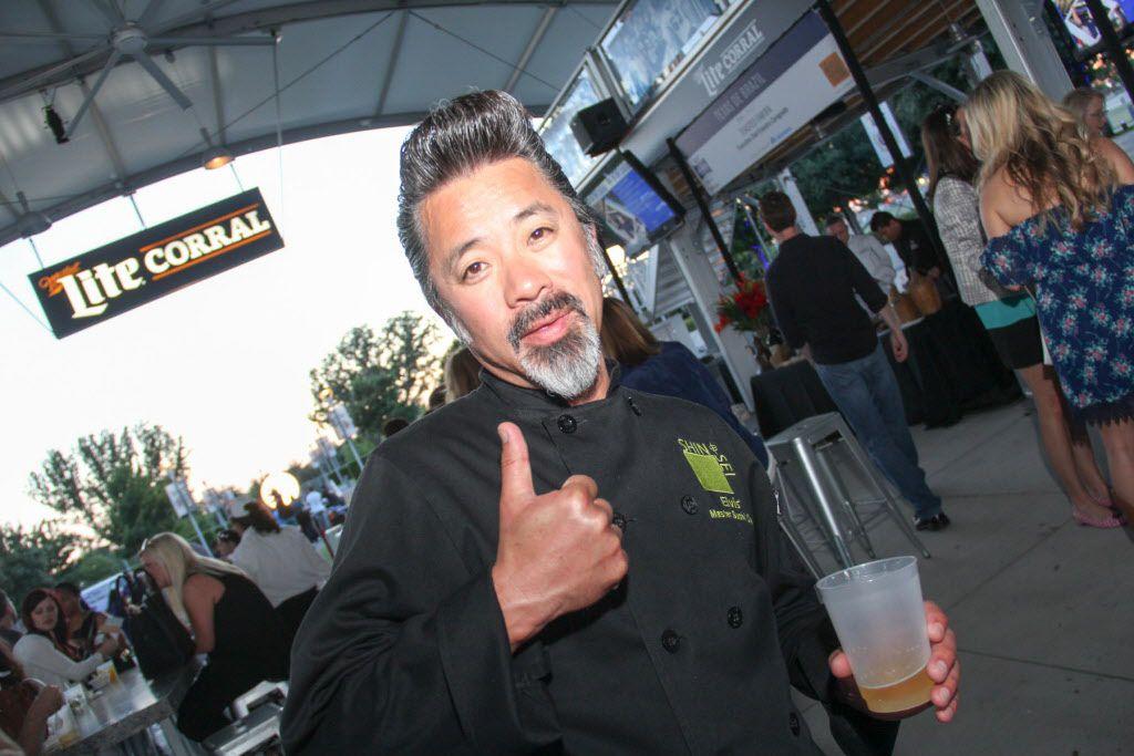Master sushi chef Elvis Sugawara of Shinsei participated in Taste of the NFL.