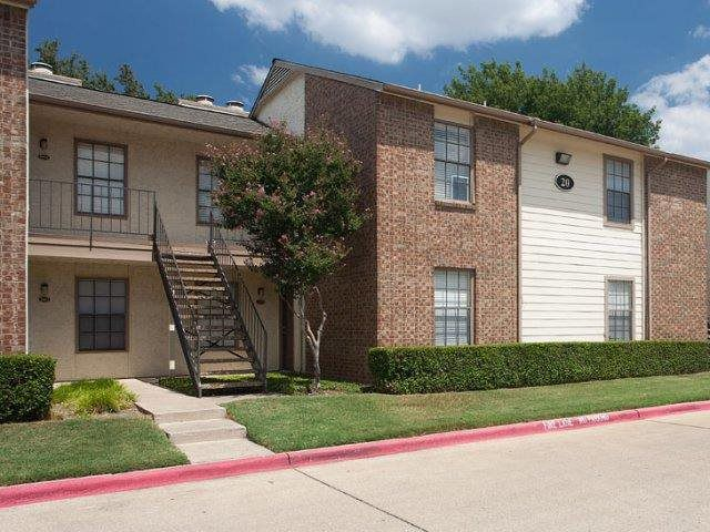 The Summer Villas apartments in North Dallas were part of the purchase.