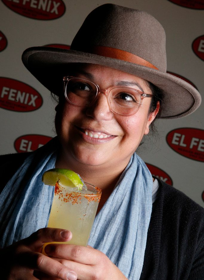 Lisa Martel wins the best margarita with her Marg-Nitos at El Fenix in Dallas on Feb. 22, 2018. (Nathan Hunsinger/The Dallas Morning News)